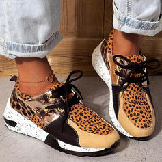 Women's PU Flat Heel Flats Low Top Sneakers With Animal Print Lace-up Splice Color shoes