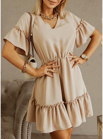 Solid Short Sleeves/Flare Sleeves A-line Above Knee Casual Skater Dresses